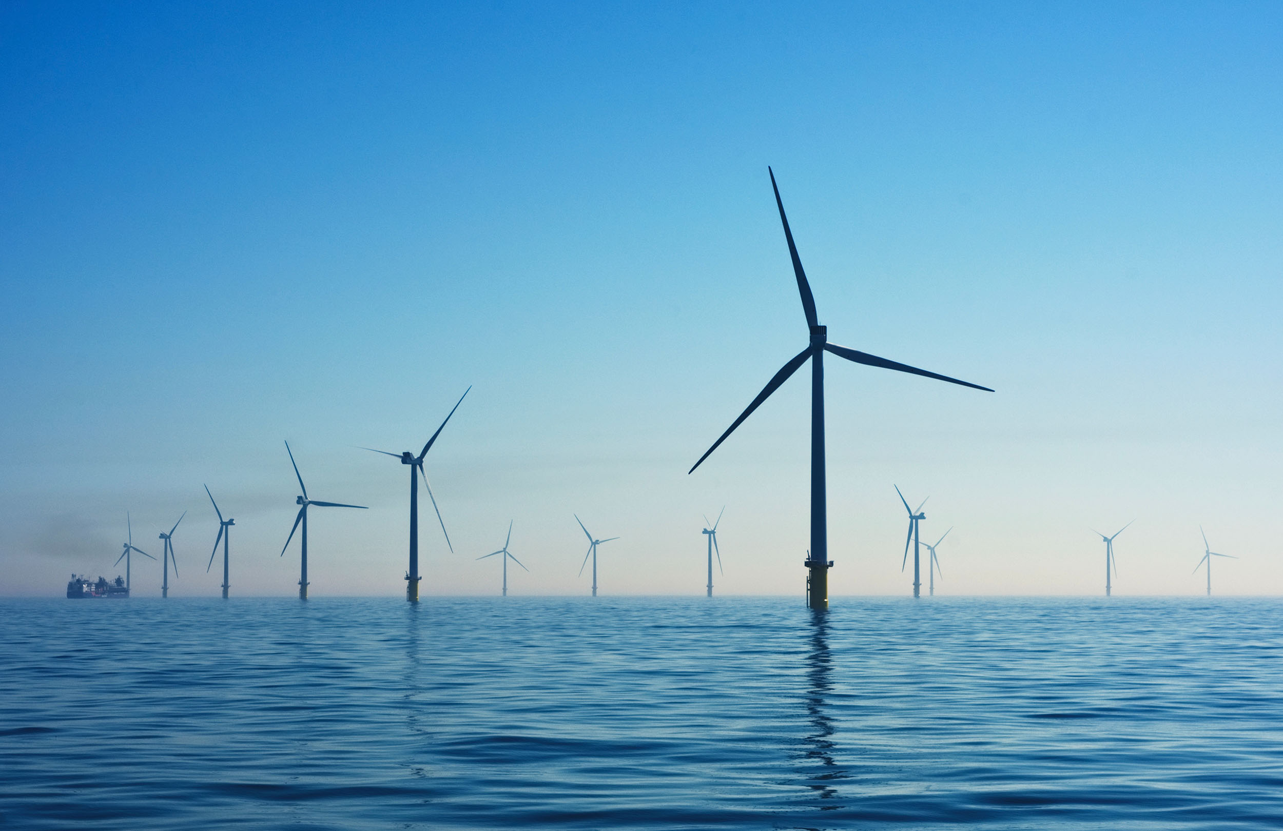 Low Carbon & Renewables_nicholas-doherty-pONBhDyOFoM-unsplash