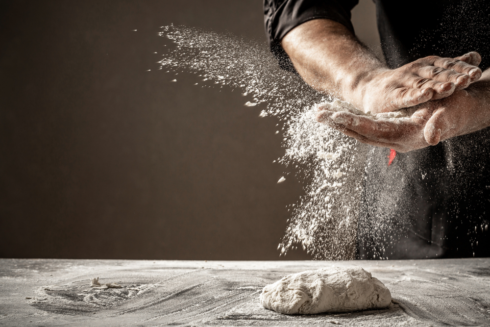 Photo,Of,Flour,And,Men,Hands,With,Flour,Splash.,Cooking